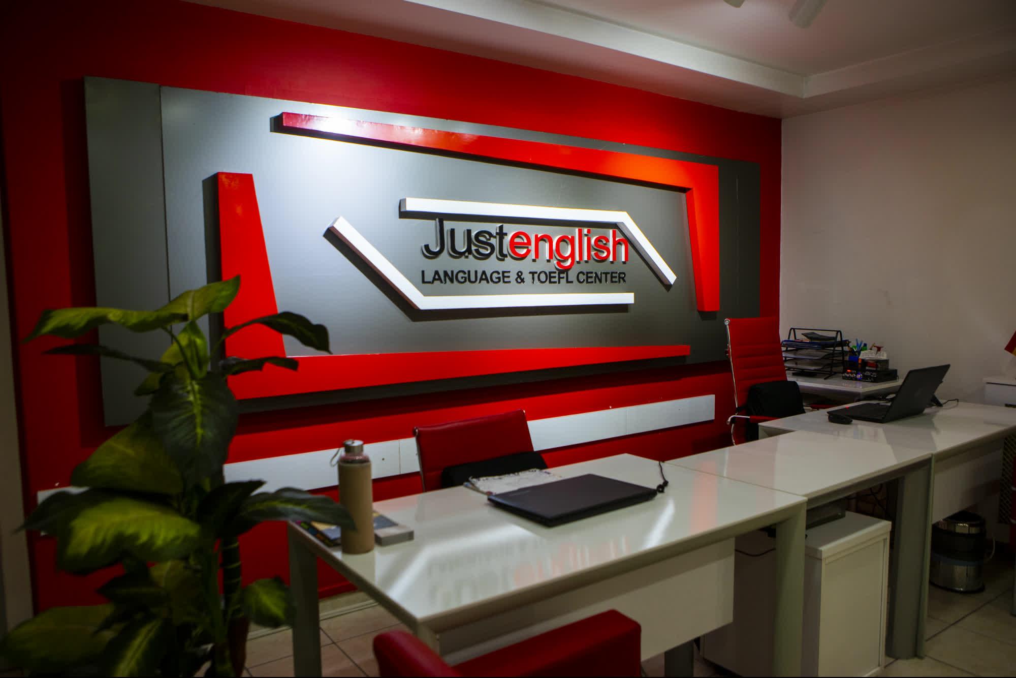 Just English Dil Okulları  İstanbul/Şirinevler Şubesi