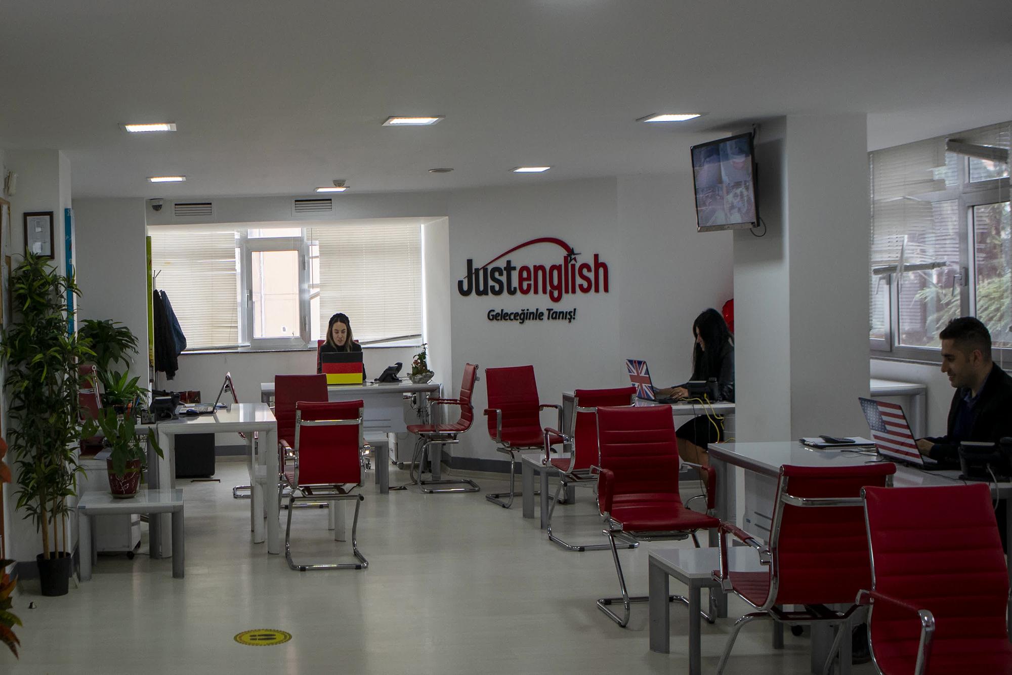 Just English Dil Okulları İstanbul/Bakırköy Şubesi