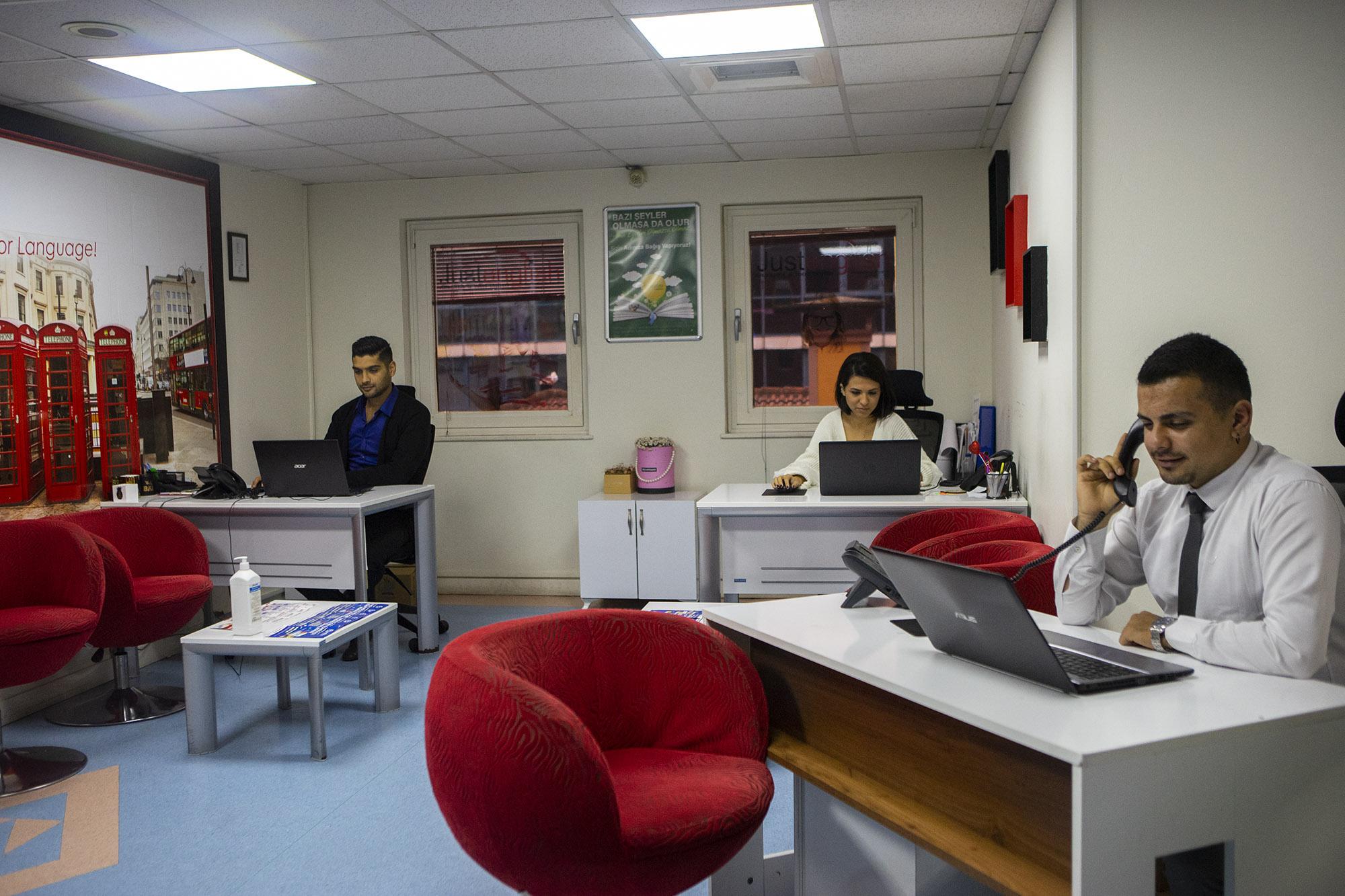 Just English Dil Okulları Kocaeli/İzmit Şubesi